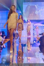 Austria´s next Topmodel 2 - Platinum Tower - So 11.03.2012 - 11