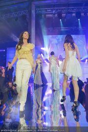 Austria´s next Topmodel 2 - Platinum Tower - So 11.03.2012 - 44