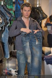 Late Night Shopping - Mondrean - Do 22.03.2012 - 45