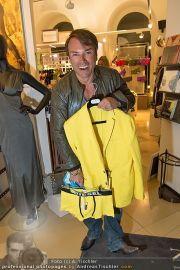 Late Night Shopping - Mondrean - Do 22.03.2012 - 78