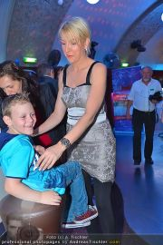 Heather Mills Niki05 - Club Palffy - Fr 11.05.2012 - 11