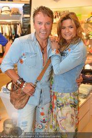 Late Night Shopping - Mondrean - Do 24.05.2012 - 2