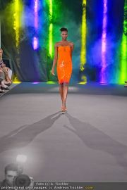 Fashion Night Modenschau - Michaelaplatz - Do 14.06.2012 - 48