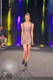 Fashion Night Modenschau - Michaelaplatz - Do 14.06.2012 - 52