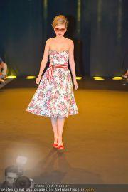 Fashion Night Modenschau - Michaelaplatz - Do 14.06.2012 - 75