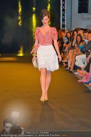 Fashion Night Modenschau - Michaelaplatz - Do 14.06.2012 - 76