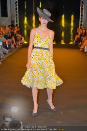 Fashion Night Modenschau - Michaelaplatz - Do 14.06.2012 - 84