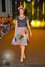 Fashion Night Modenschau - Michaelaplatz - Do 14.06.2012 - 85