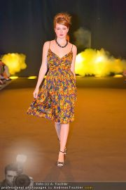 Fashion Night Modenschau - Michaelaplatz - Do 14.06.2012 - 89