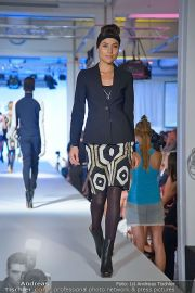 Jones Fashionshow - MGC Messe - Mo 10.09.2012 - 10