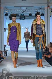 Jones Fashionshow - MGC Messe - Mo 10.09.2012 - 16