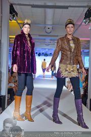 Jones Fashionshow - MGC Messe - Mo 10.09.2012 - 18
