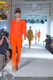 Jones Fashionshow - MGC Messe - Mo 10.09.2012 - 20
