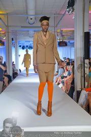 Jones Fashionshow - MGC Messe - Mo 10.09.2012 - 23