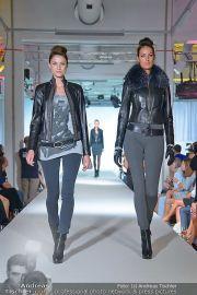 Jones Fashionshow - MGC Messe - Mo 10.09.2012 - 30