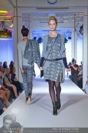 Jones Fashionshow - MGC Messe - Mo 10.09.2012 - 33