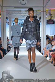 Jones Fashionshow - MGC Messe - Mo 10.09.2012 - 34