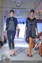 Jones Fashionshow - MGC Messe - Mo 10.09.2012 - 36
