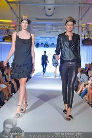 Jones Fashionshow - MGC Messe - Mo 10.09.2012 - 37