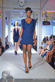 Jones Fashionshow - MGC Messe - Mo 10.09.2012 - 38