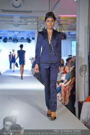 Jones Fashionshow - MGC Messe - Mo 10.09.2012 - 39