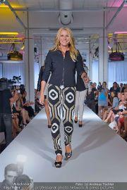 Jones Fashionshow - MGC Messe - Mo 10.09.2012 - 4