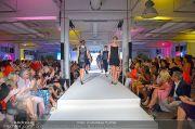 Jones Fashionshow - MGC Messe - Mo 10.09.2012 - 41