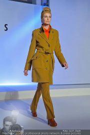 Jones Fashionshow - MGC Messe - Mo 10.09.2012 - 64