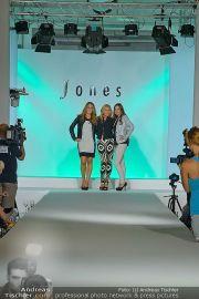 Jones Fashionshow - MGC Messe - Mo 10.09.2012 - 7