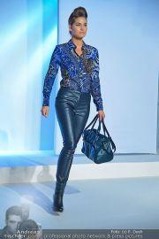 Jones Fashionshow - MGC Messe - Mo 10.09.2012 - 70