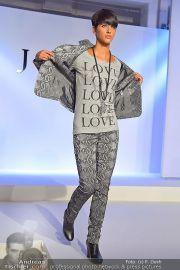 Jones Fashionshow - MGC Messe - Mo 10.09.2012 - 76