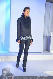 Jones Fashionshow - MGC Messe - Mo 10.09.2012 - 78