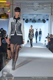 Jones Fashionshow - MGC Messe - Mo 10.09.2012 - 8