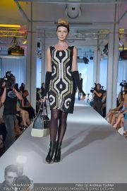 Jones Fashionshow - MGC Messe - Mo 10.09.2012 - 9