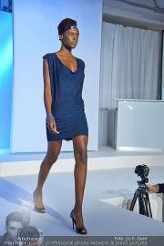 Jones Fashionshow - MGC Messe - Mo 10.09.2012 - 90