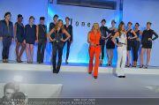 Jones Fashionshow - MGC Messe - Mo 10.09.2012 - 92