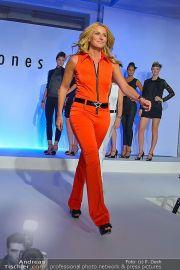 Jones Fashionshow - MGC Messe - Mo 10.09.2012 - 94