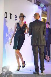 Jones Fashionshow - MGC Messe - Mo 10.09.2012 - 97