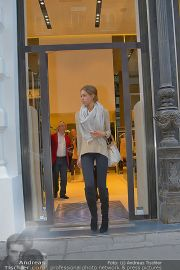 Ruby Shopping - Elisabetta Franchi - Do 04.10.2012 - 21