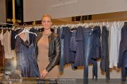 Ruby Shopping - Elisabetta Franchi - Do 04.10.2012 - 5