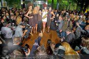 La Hong (Fashionshow) - Stilwerk - Di 23.10.2012 - 15