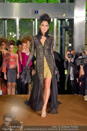 La Hong (Fashionshow) - Stilwerk - Di 23.10.2012 - 16