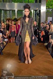 La Hong (Fashionshow) - Stilwerk - Di 23.10.2012 - 17