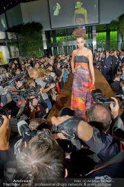 La Hong (Fashionshow) - Stilwerk - Di 23.10.2012 - 27