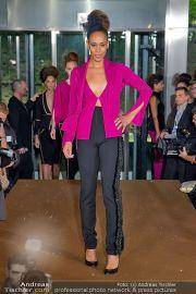 La Hong (Fashionshow) - Stilwerk - Di 23.10.2012 - 32