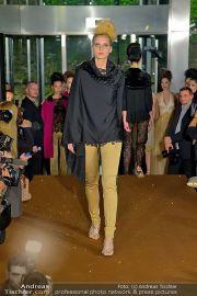 La Hong (Fashionshow) - Stilwerk - Di 23.10.2012 - 44