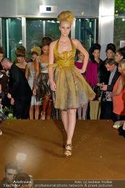 La Hong (Fashionshow) - Stilwerk - Di 23.10.2012 - 55