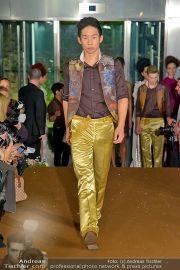 La Hong (Fashionshow) - Stilwerk - Di 23.10.2012 - 60