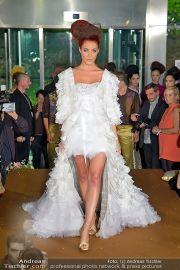 La Hong (Fashionshow) - Stilwerk - Di 23.10.2012 - 61