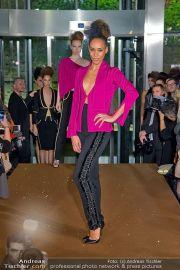 La Hong (Fashionshow) - Stilwerk - Di 23.10.2012 - 9